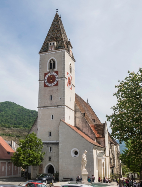 Before setting off for the Jamek Estate Winery, we climbed a gentle walk up to the church in Spitz, Wachau wine-growing region, Austria