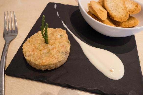 Tartar de Salmon (salmon tartar), uvedoble taberna, Málaga, Spain