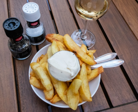 Dutch fries with mayonnaise (more like aioli), Hemelse Modder, Amsterdam, The Netherlands