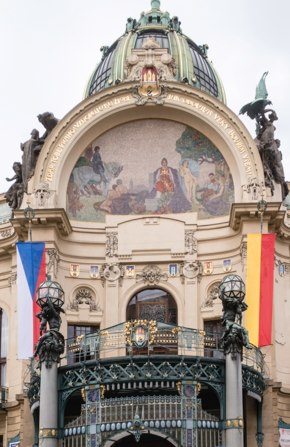 The magnificent art-nouveau Municipal House features a mosaic above the entrance, Homage to Prague, that is set between sculptures representing the oppression and rebirth of the Czech pe