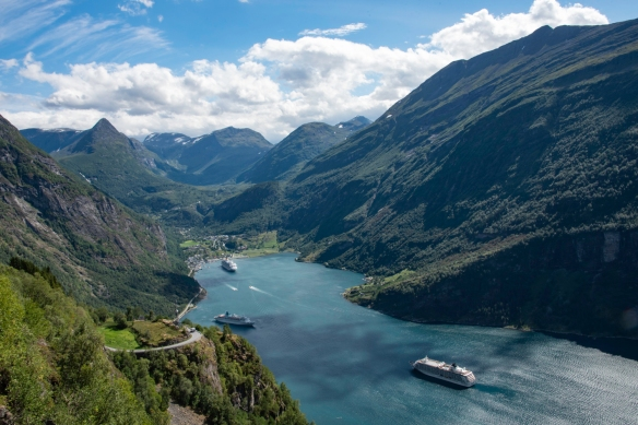 We took a panoramic drive along the steep, winding roadway known as Ørnesvegen (Eagle_s Road), featuring 11 hairpin turns and some of Norway_s most famous vistas and stopped at the