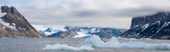 Burgerbukta Fjord, Spitsbergen Island, Svalbard, photograph #1 – a panorama of our ship in the Burgerbukta Fjord