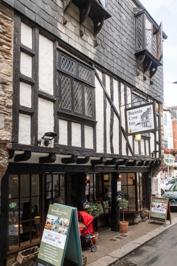 We had an excellent dinner at Bayards Cove Inn, whose Tudor-style timbered building dates back to the 14th century, originally built as a Tudor merchant's house, Dartmouth, England