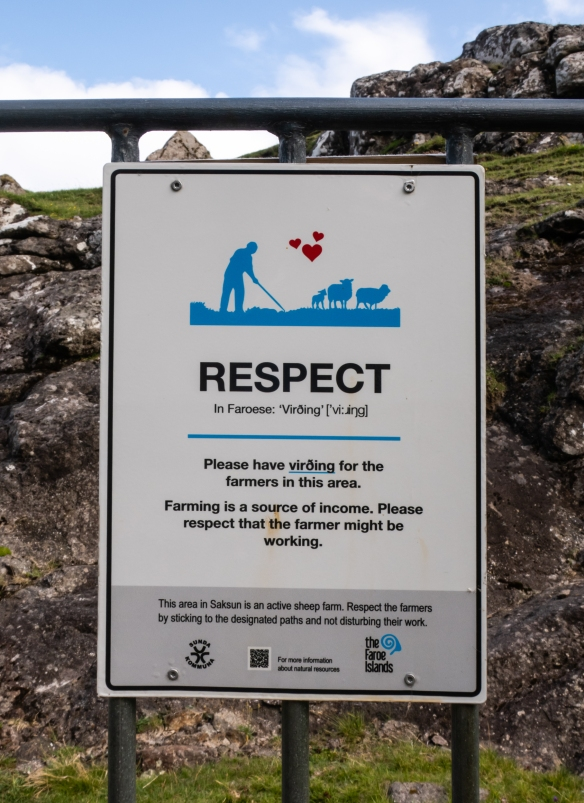 Visitors are welcome at the Dúvugarður sheep farm and the trails around Saksun, but they ask for respect (Virøing in Faroese) when on the trails, Streymoy, Faroe Islands