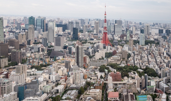 Tokyo Tower viewed from the Observation Deck on the 52nd floor of the Mori Tower in the upscale Roppongi Hills development, Tokyo, Honshu Island, Japan