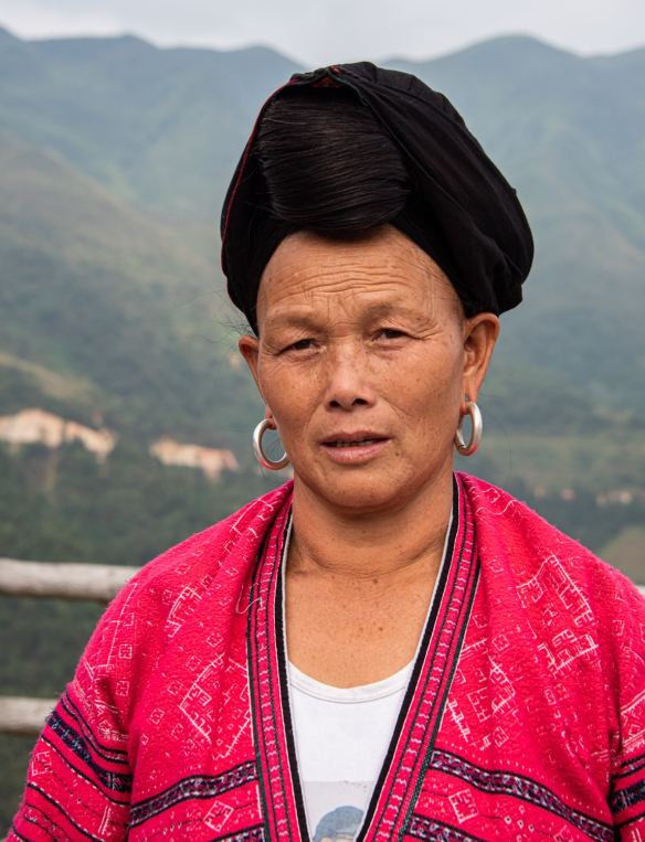 One of the two Yao women photographed with their long hair at the Jinkeng Red Yao Terraced Rice Fields, Dazhai Village, near Guilin, Guangxi, China #7