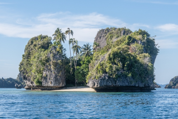 Cruising the islands around Misool, Raja Ampat, Indonesia #6
