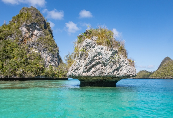 "Wayag, Raja Ampat, Indonesia #5; the ""mushroom"" islet"